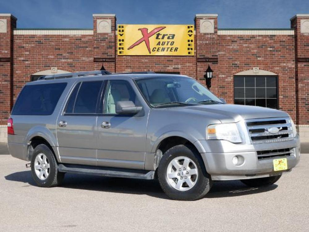 2009 Vapor Silver Clearcoat Metallic Ford Expedition EL XLT (1FMFK15539L) with an 5.4 8 Cylinder Fuel Injected engine, Automatic transmission, located at 1401 N. Hobart, Pampa, TX, 79065, (806) 665-9872, 35.549641, -100.971878 - Photo #0